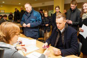 Partijų lyderiai atiduoda balsus savivaldybių tarybų rinkimuose: dėstė lūkesčius