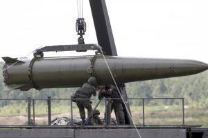 """Kaliningrado srityje Rusija pradėjo karines pratybas su """"Iskander"""" raketomis"""