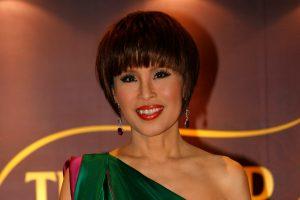 Tailandiečiai suka galvas dėl karališkosios šeimos pateiktų politinių staigmenų