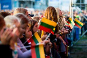 Lietuvos valstybės himno negiedojo beveik 60 proc. šalies gyventojų