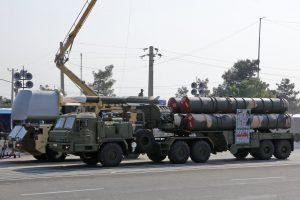 Rusijos atsakas: per dvi savaites perduos Sirijai raketų sistemų S-300