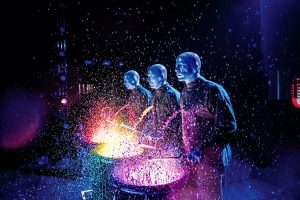 """Vienas įspūdingiausių šou pasaulyje  """"Blue Man Group"""" – pirmą kartą Lietuvoje"""