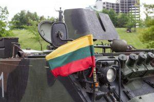 Siekdama NATO standarto, Lietuva turbūt dar šiemet didins gynybos biudžetą