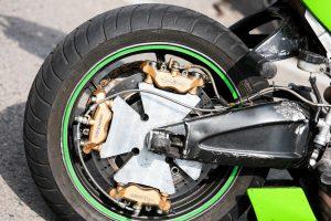 Per avariją nukentėjo motociklo vairuotojas