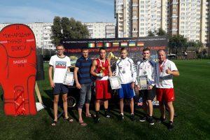 Kauniečiai boksavosi po atviru Ukrainos dangumi: pelnė keturis medalius