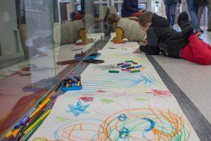 Šiauliuose pasiektas rekordas: nupieštas ilgesnis nei 1,5 km piešinys