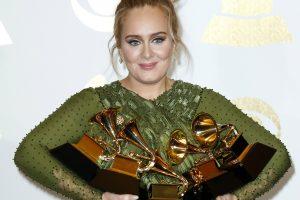Adele – turtingiausia britų įžymybė