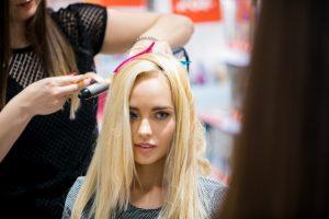 Kaip po vasaros atgaivinti plaukus? (naudingi patarimai)