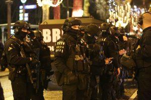 Po atakos prieš policiją – griežtos prancūzų priemonės