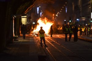 """Policija Prancūzijoje sulaikė daugiau nei 1,7 tūkst. """"geltonųjų liemenių"""""""