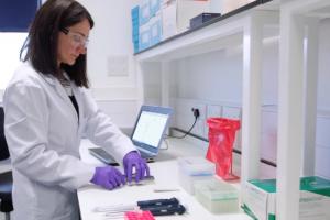 Žmogaus genomas dešifruojamas kišeniniu prietaisu