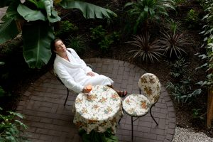 Tingėjimo nauda: ilsėdamiesi tampame laimingesni?