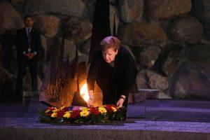 A. Merkel: Vokietija įsipareigojusi amžinai kovoti su antisemitizmu