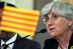 Škotija atšaukė buvusios Katalonijos ministrės arešto orderį