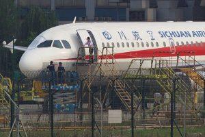 Pilotas nutupdė lėktuvą su išdužusiu kabinos langu