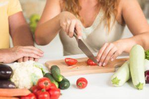 Kas jei pjaustydami daržoves netyčia perpjausite atomą?