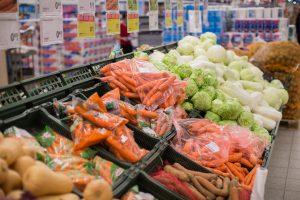 Lietuviškų daržovių pardavimai toliau auga: kurias pirkėjai renkasi dažniausiai?