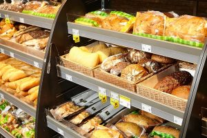 Duonos kelias Lietuvoje: kada ir kaip atsirado pjaustyta?