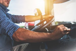 Kaip tolimųjų reisų vairuotojams nepatekti į nesąžiningų darbdavių pinkles?