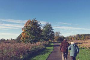 61 metus santuokoje praleidę sutuoktiniai mirė devynių valandų skirtumu