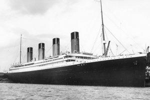 """Ar kas nors išgyveno skęstančiame """"Titanike"""" ir mirties sulaukė tik vandenyje?"""