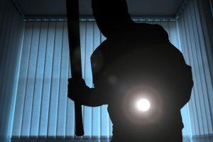 38 kartus apiplėštas vyras neiškentė: nušovė vagį