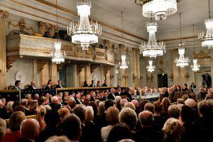 Nobelio literatūros premijos užkulisiai: seksas, išdavystės ir juodoji buhalterija