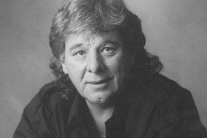 """Būdamas 72 metų mirė dainos """"Always on My Mind"""" kūrėjas W. Carsonas"""