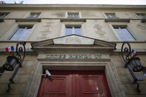 Prancūzijoje ir Britanijoje dėl naujų grasinimų evakuota apie 20 mokyklų