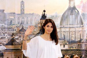 Po imperatorių ir popiežių prie Romos vairo pirmą kartą stoja moteris