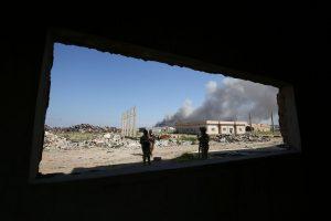 Irake į armijos būstinę prasiskverbę IS mirtininkai nužudė generolą