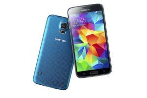 """""""Samsung"""" ruošia telefoną su rekordinės raiškos ekranu"""