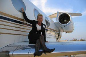 Privačiuose lėktuvuose – su žvaigždėmis ir magnatais