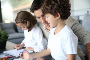 Iki mokyklos baigimo dirbusiems jaunuoliams – daugiau socialinių garantijų