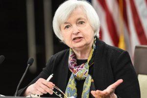 JAV Federalinės rezervų sistemos vadovė prognozuoja palūkanų normos didinimą