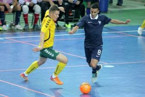 """Pirmą kartą """"Siemens"""" arenoje – futbolo rinktinių dvikovos"""
