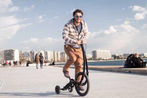 Bulgaras iš naujo išrado dviratį: be sėdynės, su trimis ratais