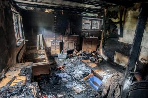 Per gaisrą Kelmėje žuvo namo šeimininkas