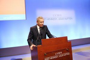 """V. Putinas susitiks su """"Louis Vuitton"""" direktoriumi"""