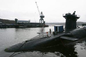 Britanija nusprendė atnaujinti branduolinį arsenalą