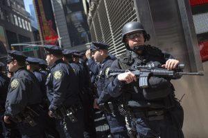 Ginkluotas išpuolis JAV: sužeisti du policininkai