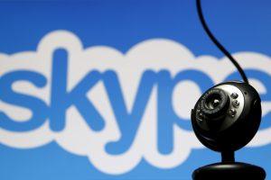 """Europos Komisija griežtins """"Skype"""" ir """"WhatsApp"""" kontrolę"""