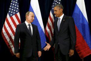 B. Obama pastūmėjo būsimą JAV prezidentą į V. Putino glėbį?