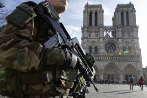 Dujų balionų incidentas Prancūzijoje: sulaikyti keturi, ieškoma dar dviejų asmenų