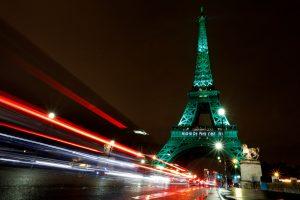 Paryžius stengiasi susigrąžinti išpuolių išgąsdintus turistus