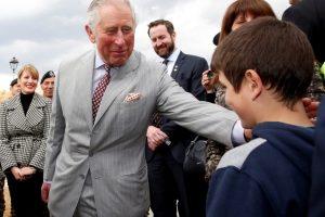 Princas Charlesas perspėja: mūsų valgomoje žuvyje yra plastiko