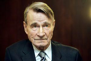 Mirė buvęs Suomijos prezidentas M. Koivisto