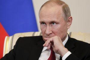V. Putinas kratosi kaltinimų: programišiai negali paveikti rinkimų