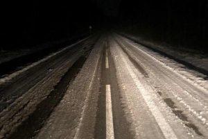 Perspėja: eismo sąlygos kai kur – ekstremalios