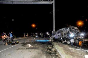 Turkijoje per mikroautobuso avariją žuvo 17 migrantų